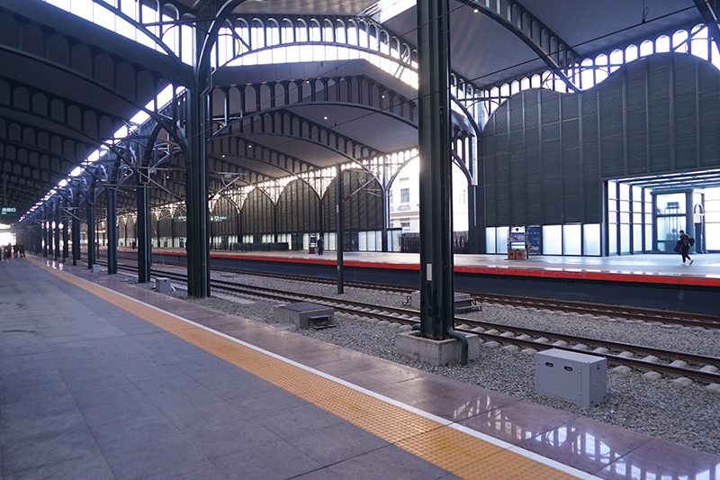 哈爾濱火車站站臺工程